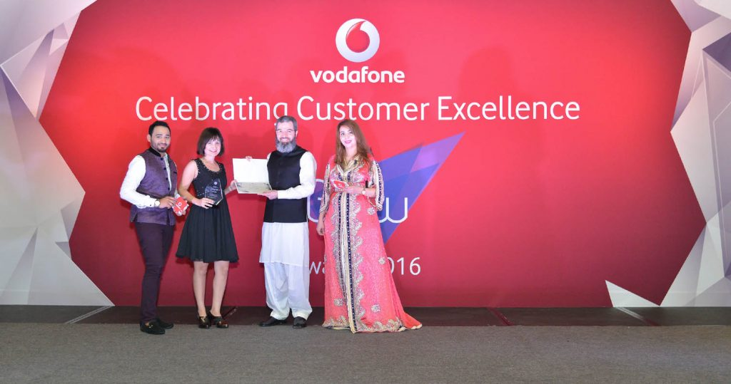 Vodafone Qatar awarded Workz the 'Best Experience Support Partner' at the 2016 CXO Awards